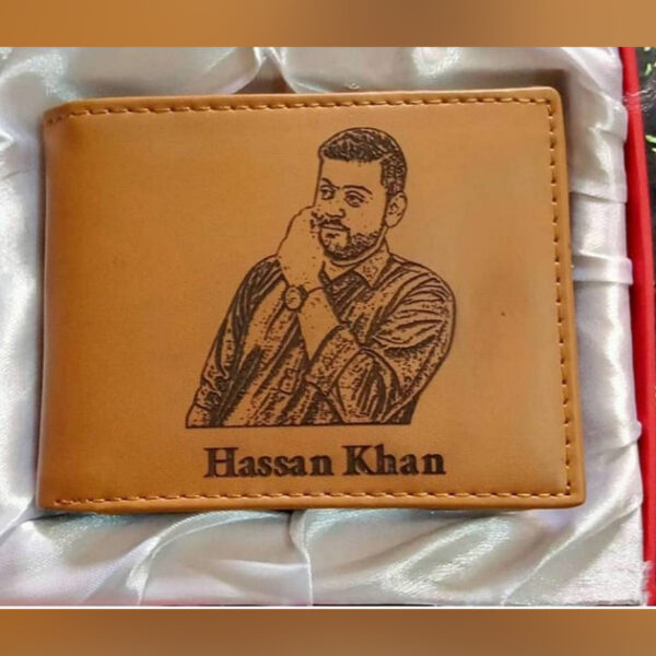 personalize Name And Picture Engraved On Wallet and Keychain With Gift Box Packing brown color